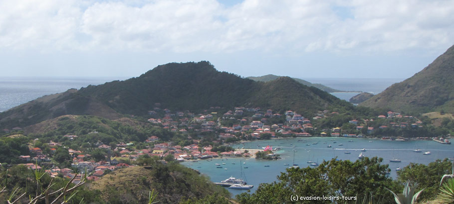 la-baie-des-saintes-excursion