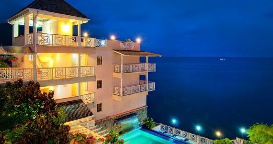 fort-young-hotel-oceanfront